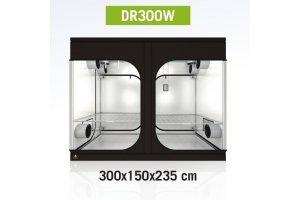 Dark Room 300 WIDE R 4.0, 397x150x217cm